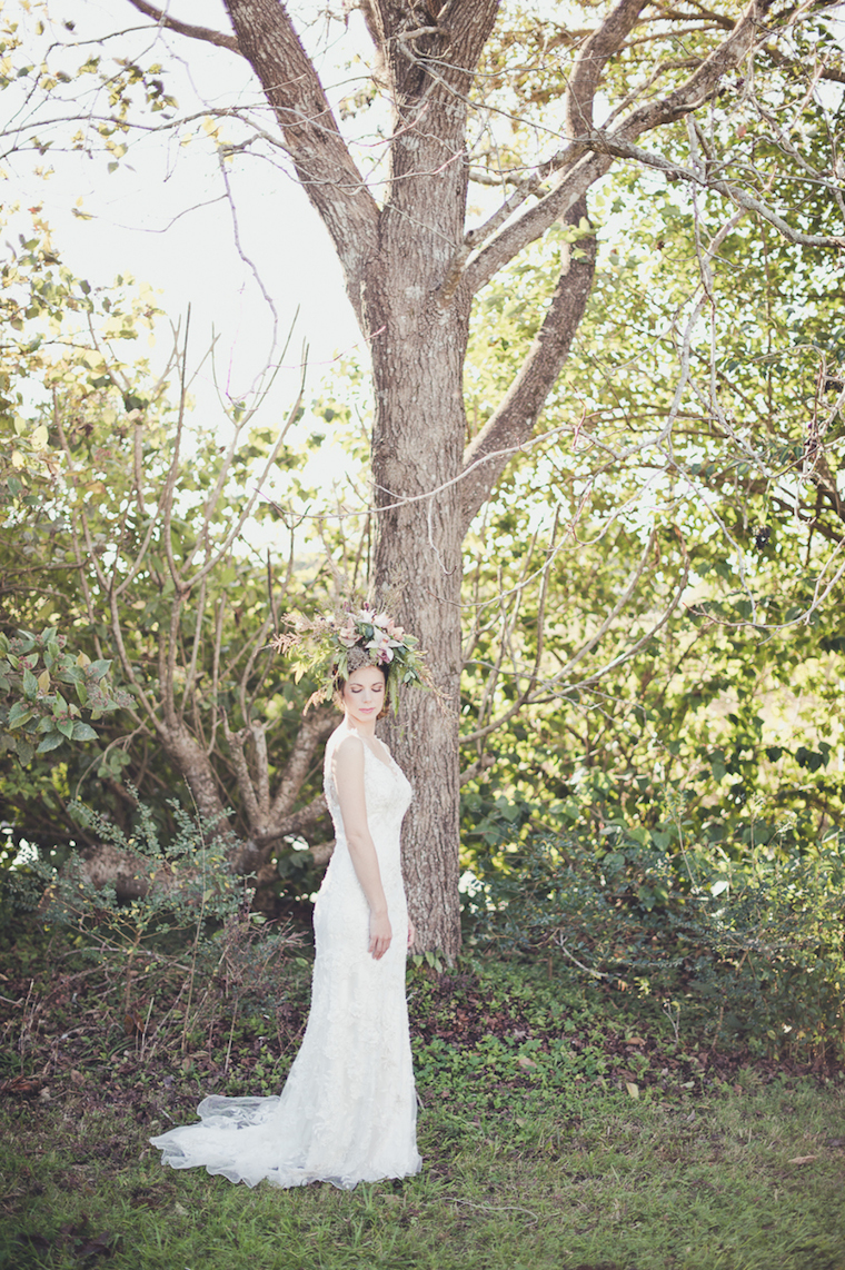 woods + bloom woodland creature bride shoot websize-22