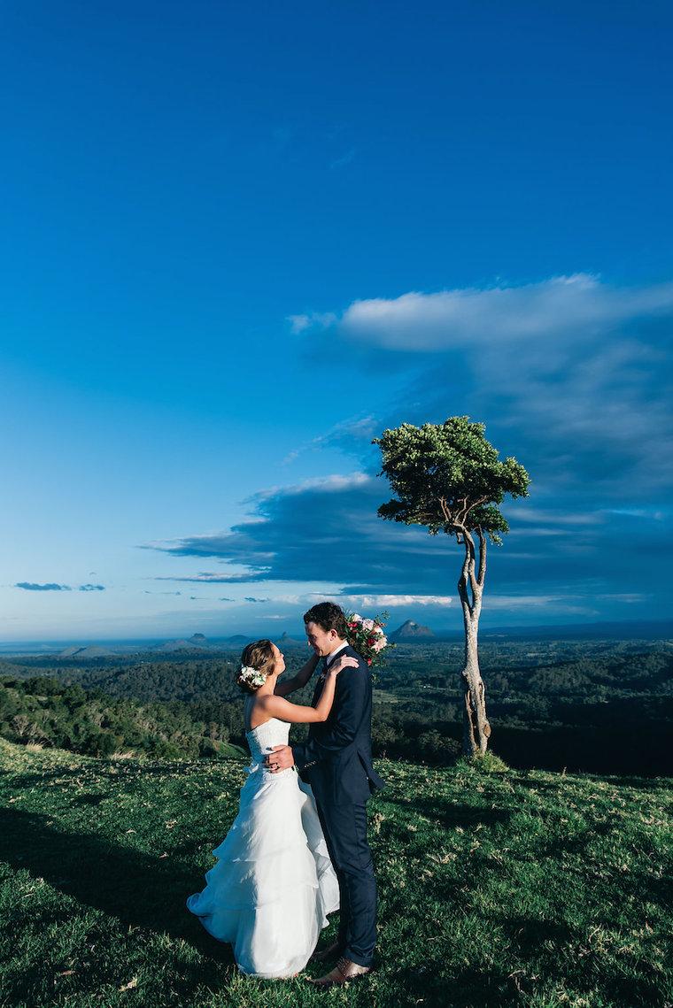 One Tree Hill Sunshine Coast wedding photos _ The Bride's Tree