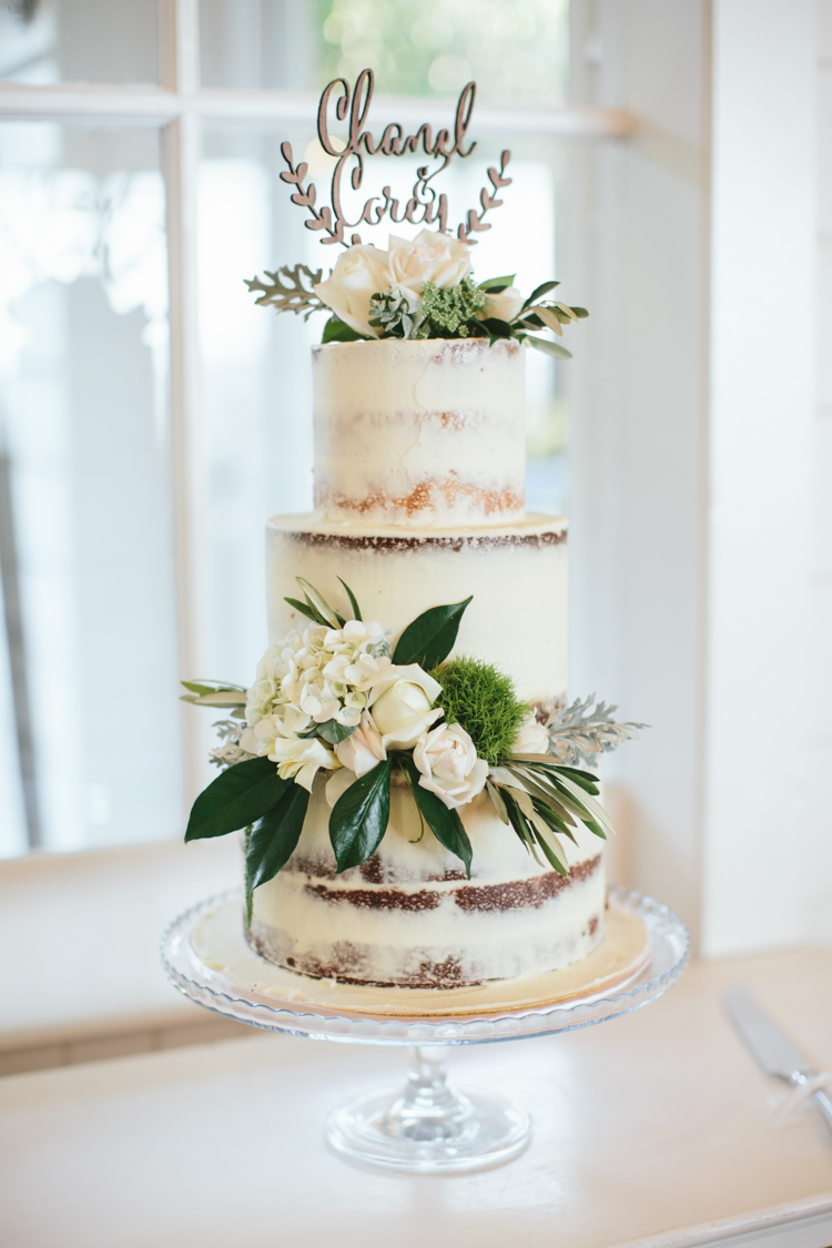Timeless Maleny Wedding _ Weddings at Tiffany's _ White Images _ The Bride's Tree _ Chanel and Cory