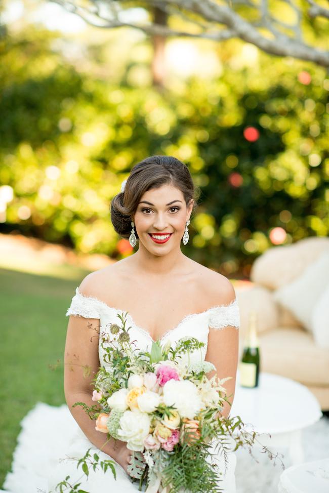 Makeup For Garden Wedding : Garden Wedding Fashion + Beauty - The Brides Tree