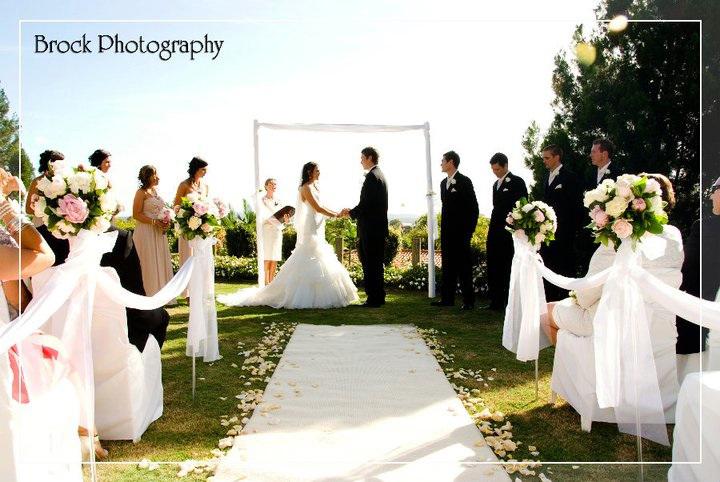Wedding Flower Packages Sunshine Coast : Brock photography noosa the bride s tree