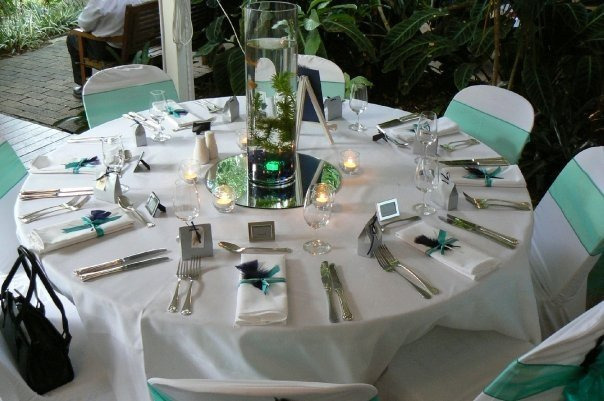 Uniquely Styled Palmwoods Wedding The Bride S Tree