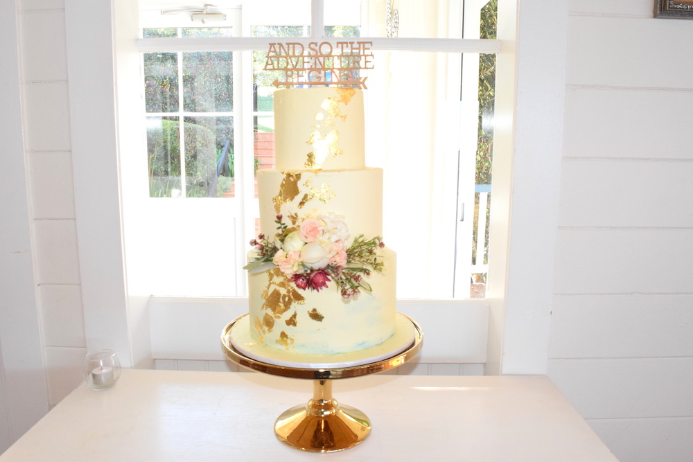 wedding cake makers central coast popular coast wedding cake designer chocolate 2 23126