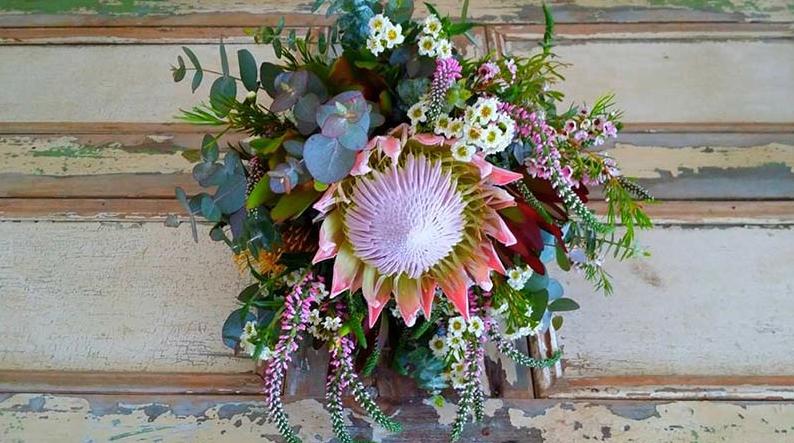 pink wedding flowers _ Magnolia Grove _ The Bride's Tree