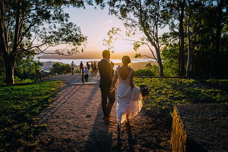 423-swirltography-laurinda-joe-fantastic-noosa-beach-wedding