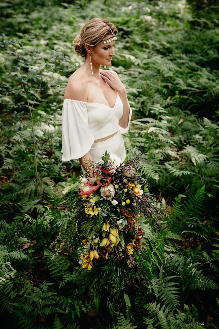 Sunshine Coast wedding florist _ Sunshine Coast florist _ Heavenly Blooms _ The Bride's Tree