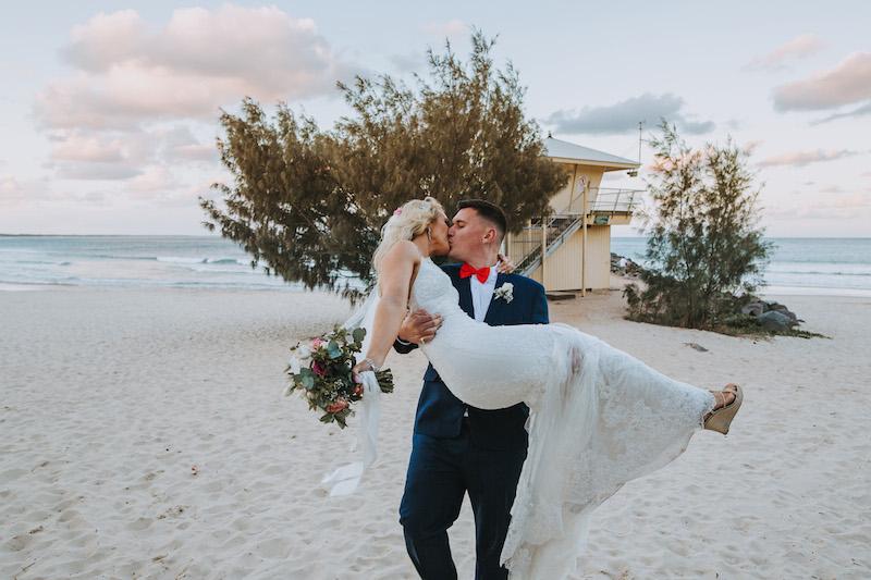 Noosa Boathouse Wedding _ Perfect Beach Wedding Noosa _ Alan Hughes Photography _ The Bride's Tree